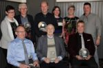 Bestuur en kampioenen 2019 van kaartclub Sint Jan Troef