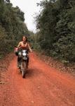 Iris Van Dam op haar motor